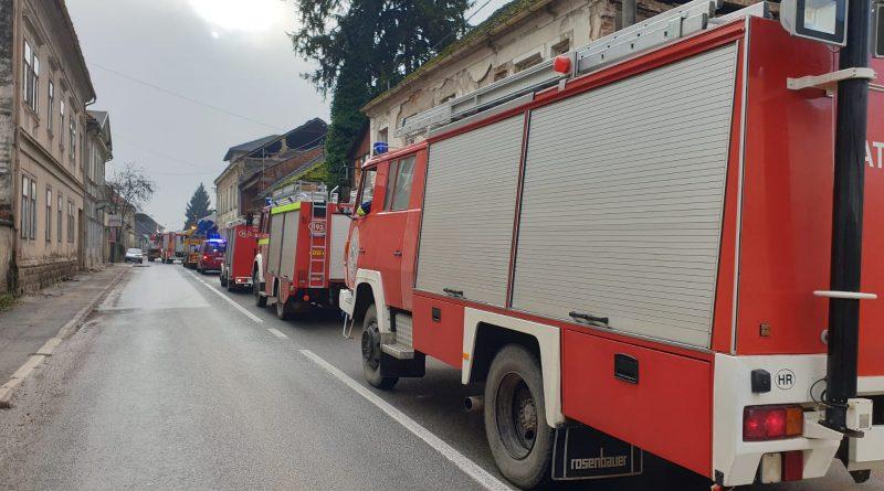 Naši vatrogasci na izvanrednoj dislokaciji u Glini!