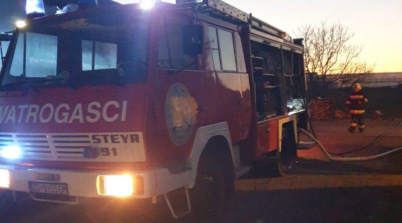 Požar dimnjaka u ulici Ante Starčevića